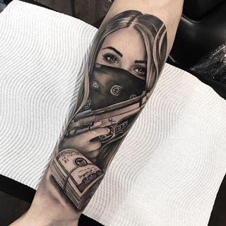 Bildergebnis für girl with bandana on face tattoo #TattooDesignsArm #bandana #b… #flowertattoos