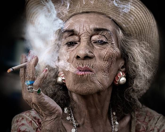 She has 102 years old, adn stil smoke