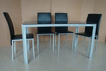 Стол обеденный Столешница - закаленное стекло 8 мм, каркас, ножки - сталь, серебристое порошковое покрытие