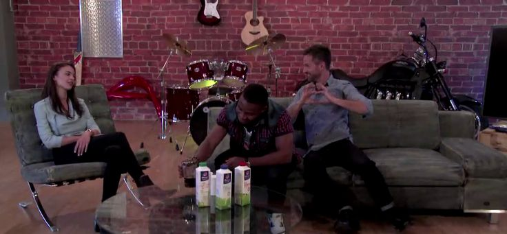 While Lunga made Nicole Meyer a cup of coffee with a dash of Clover  skim milk, Janez Vermeiren was proving why he is the worst wing man for him. #ManCaveSA