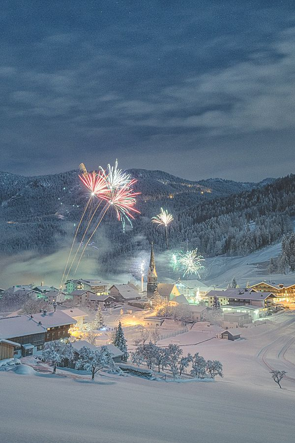 Welcome 2015, Tyrol, by Stefan Thaler, on 500px.(Trimming):
