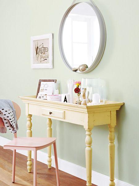 Ber ideen zu schlafzimmer einrichtungsideen auf for Schminktisch deko ideen