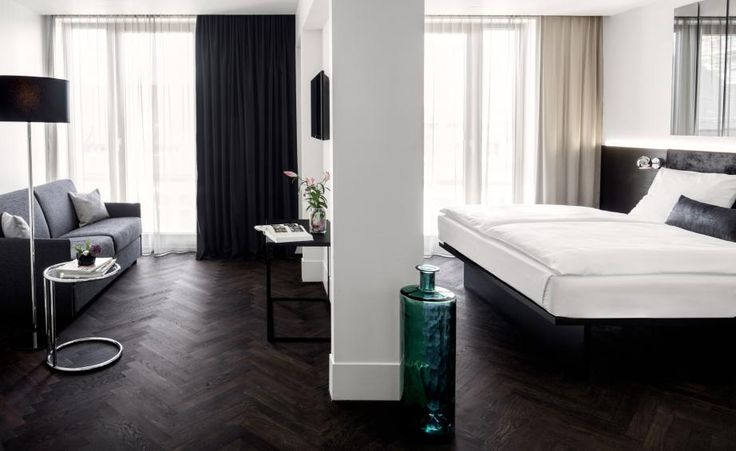 With two Berlin hotels — The Mani and Hotel Amano — already under its belt, the Amano Group's newest venture in the German capital is an amplification of the modern purist aesthetic that has become its signature. Handily located in Mitte, Berlin's gent...