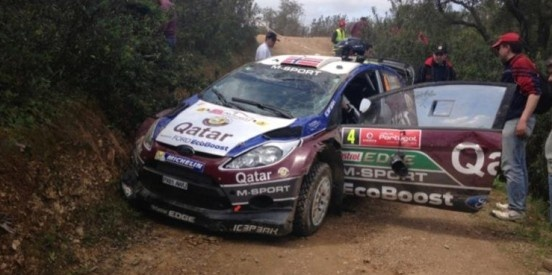 Mads Østberg has crashed out during SS3 in Portugal, after leading the standings.