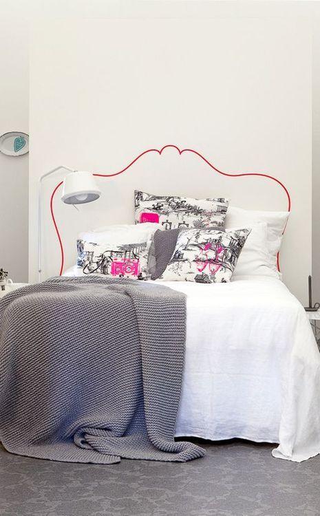 cabeceira da cama pintada na parede