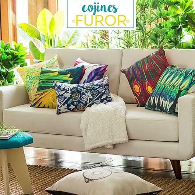 Un jardín en el living. Eso es lo que inspira la colección #Garden de #CojinesFuror. No olvides combinarlos con un sofá neutro y cómodo 😉