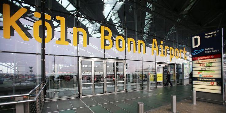 Am Flughafen Köln/Bonn hat sich ein 18-jähriger Flüchtling sieben Meter in die Tiefe gestürzt, um nicht abgeschoben zu werden.