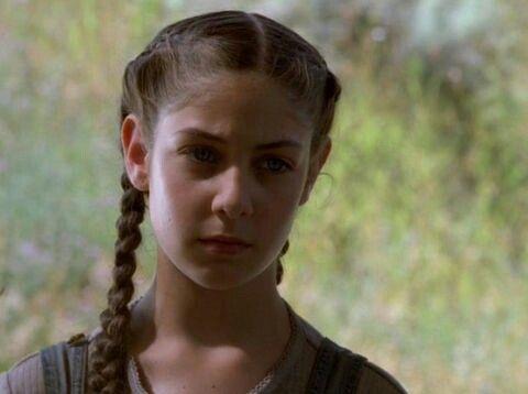 Samantha Mulder, adik Fox yang konon hilang karena diculik alien
