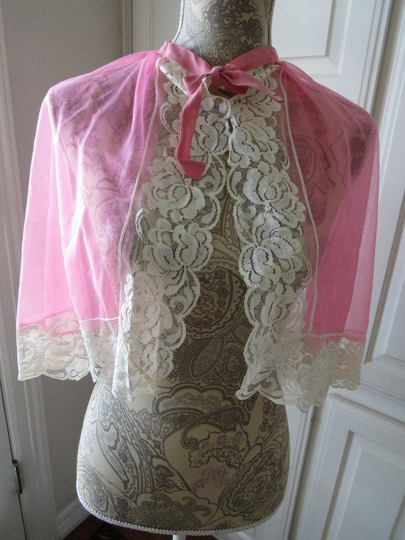 3acc066a13b8 Vintage Comb Out Make Up Cape by Betty Dain - Bright Hot Pink Chiffon White  Nylon Lace - Styling Cape - Beauty Salon Hair Stylist -