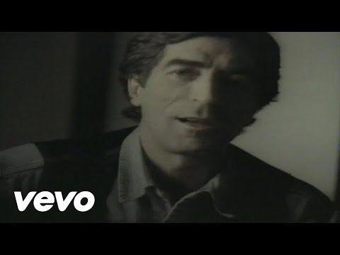 Joaquin Sabina - Y Nos Dieron Las Diez (Video) - YouTube