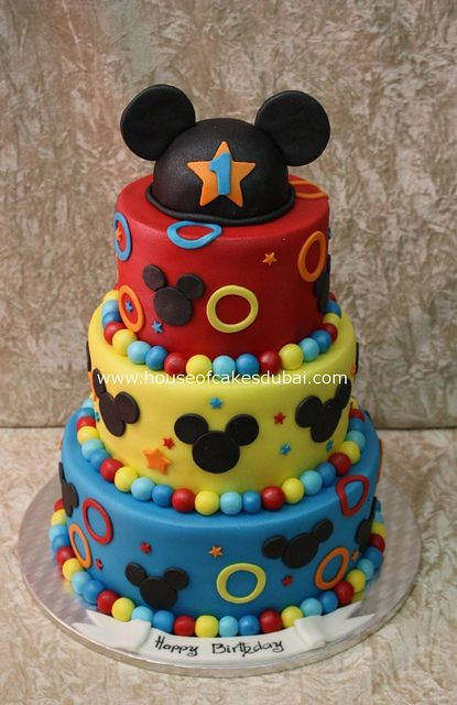 mickey mouse Cake I think this is the one