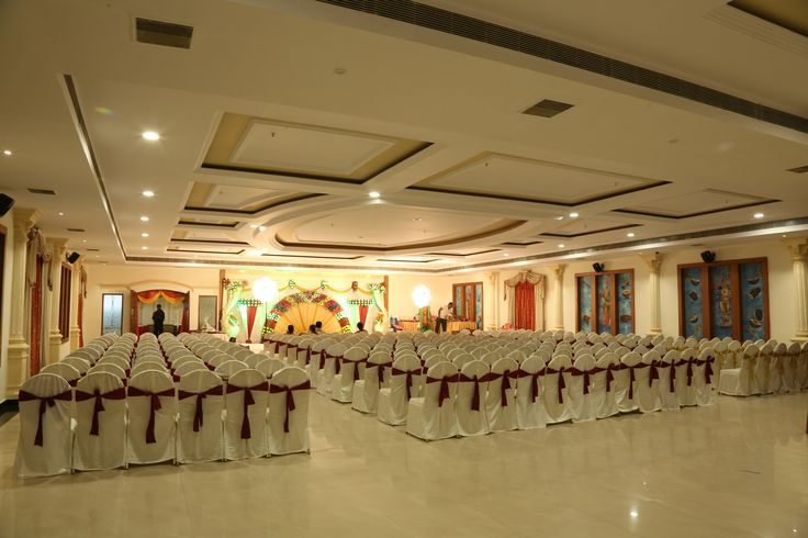 SVMGRAND is a Best Ac  Function Halls in Hyderabad. we Provides a birthday party venues, Reception party , conference party and shagun ceremony party is a top function halls in hyderabad. Compare with prices it is a cheap banquet halls in hyderabad. For more info visit: http://www.svmgrand.com/banquets/