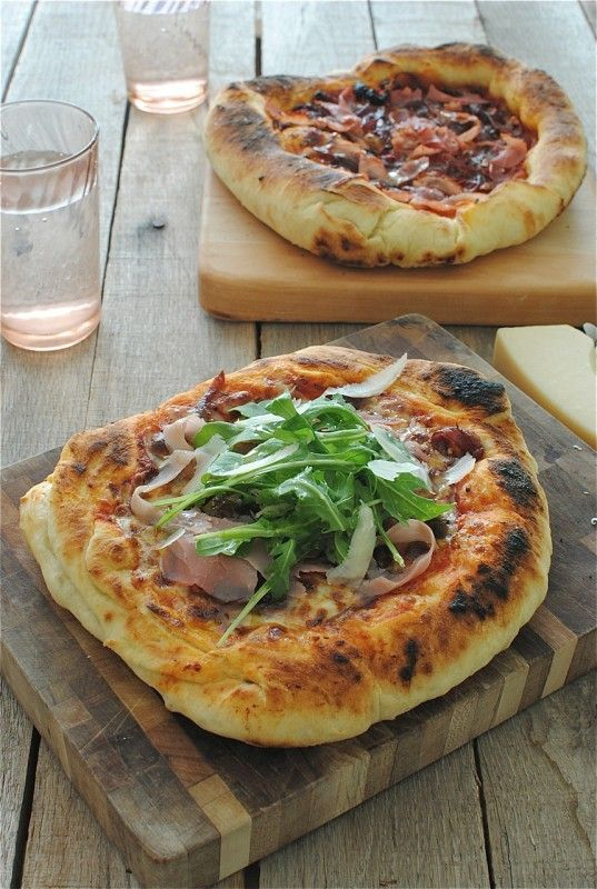 Skillet pizza - This pizza dough is AMAZING.  I love cooking my pizza this way.