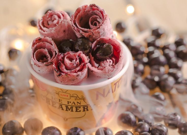 Thai Rolls Ice Cream in Plano city available, Dreamrollsice provides your favorite ice cream flavors in different style so must come Thai Ice Cream Franchise.