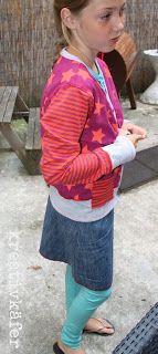 Jacke/Weste Ottobre 4/2013 Jeansrock mit roten Covernähten (Schnitt RÖMO von Farbenmix)  Legging Schnitt YARA von CZM