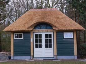 eikentuinhuis http://www.vanmeeltimmerwerken.nl/