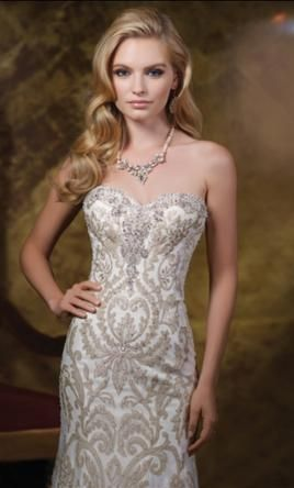 James Clifford J11581: buy this dress for a fraction of the salon price on PreOwnedWeddingDresses.com