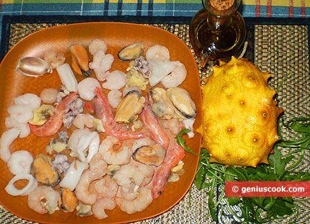 Соус для морского коктейля, салат