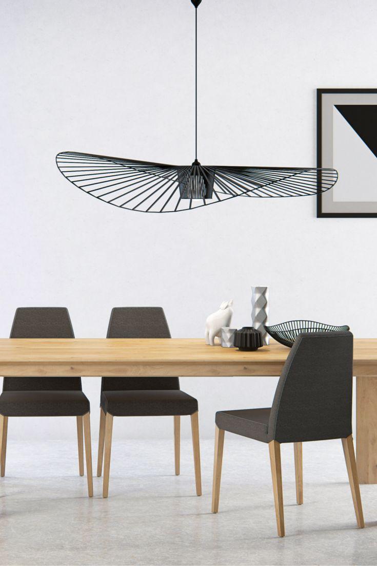 Chaise Sweet 25 par Mobitec. Une chaise au design simple et élégant, avec une attention portée sur le confort et des options pensées pour vous faciliter la vie.