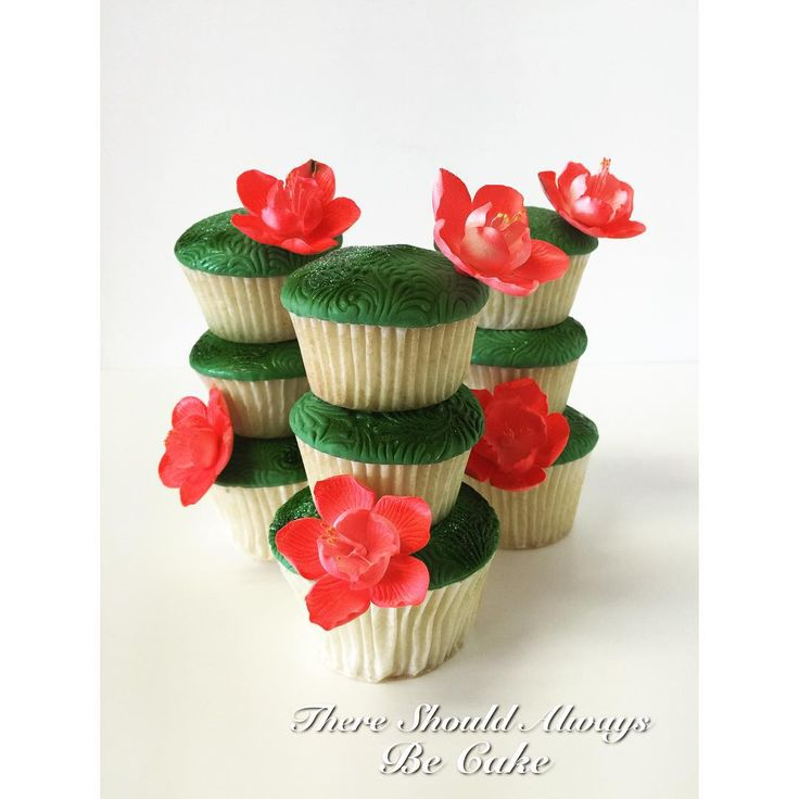 Cupcakes creations on Pinterest | Flower cupcakes, Vintage cupcake ...