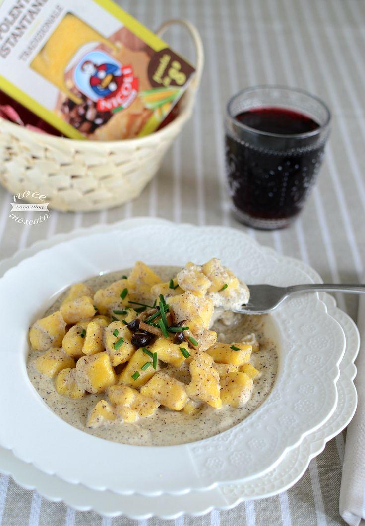 Gnocchi di polenta con fonduta di taleggio e funghi