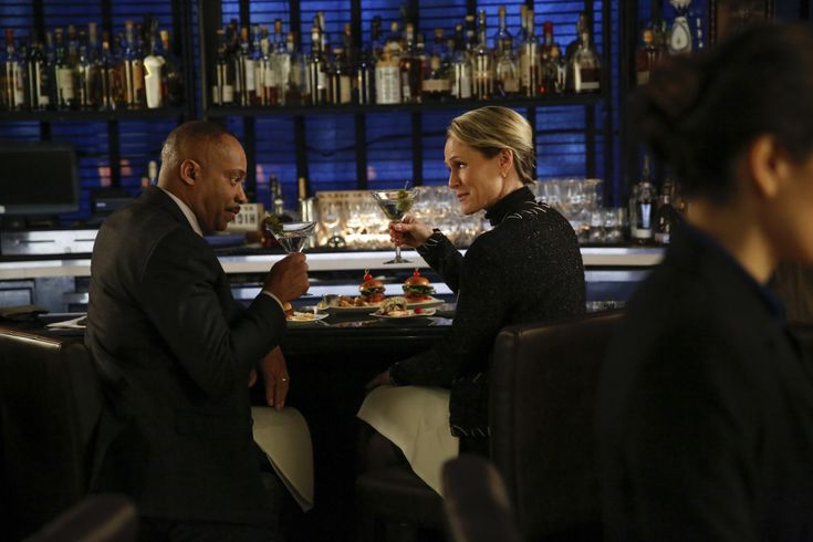 Mary Stuart Masterson and Rocky Carroll in NCIS: Naval Criminal Investigative Service (2003)
