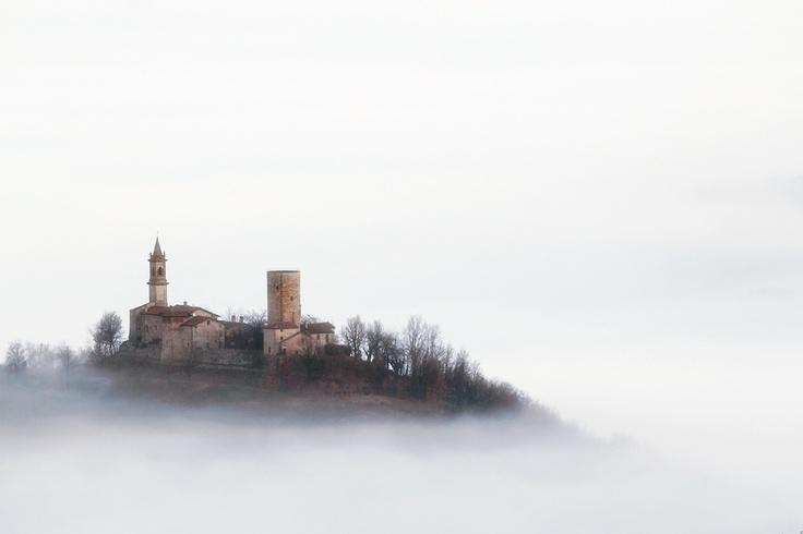Monteventano Castle - Italy. Beautiful photo by Francesco Favalesi.