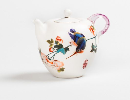 Adore this little Formosa Teapot - making tea for one a pretty occasion!