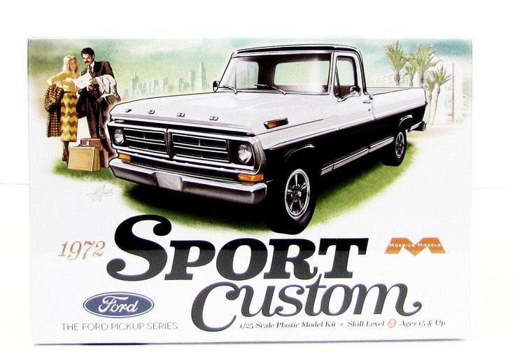 This 1972 Ford Sport Custom Truck Model Kit is made by Moebius in 1/25 scale. - Detailed 302 cu. in. V-8 engine - Detailed chassis - Chrome details - Soft pvc t