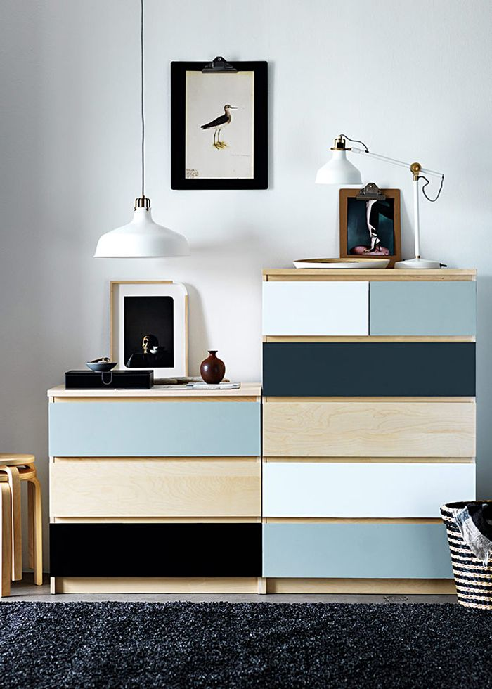 Står det en Malm-byrå någonstans i ditt hem? Du är inte ensam. Originalet är ett stilsäkert kort, men om du vill uppdatera din Ikea-byrå finns det mycket inspiration att hämta.