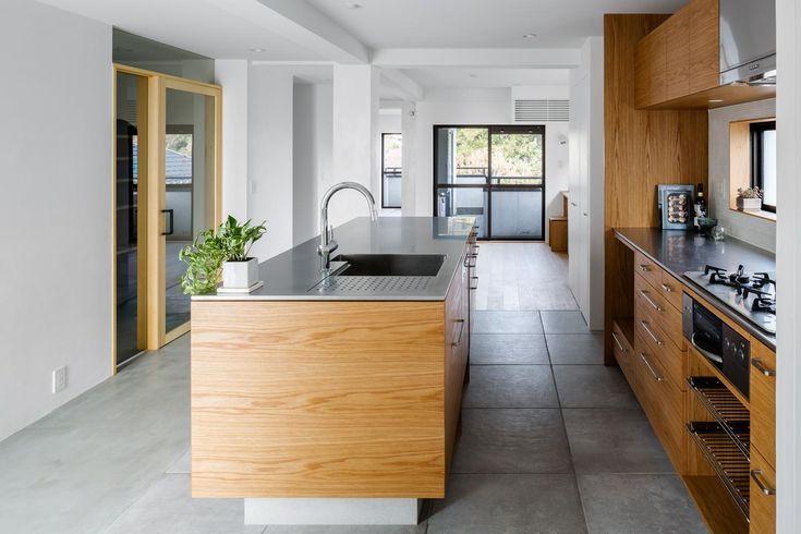 専門家:が手掛けた、キッチン(通り土間の家)の詳細ページ。新築戸建、リフォーム、リノベーションの事例多数、SUVACO(スバコ)