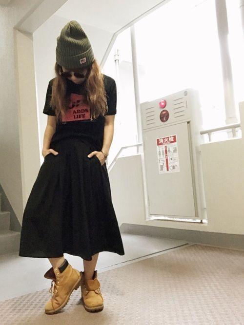 ピックアップタグ☆ロゴT タグに合わせてコカTにガウチョパンツ合わせてオールブラック。足元へティンバ