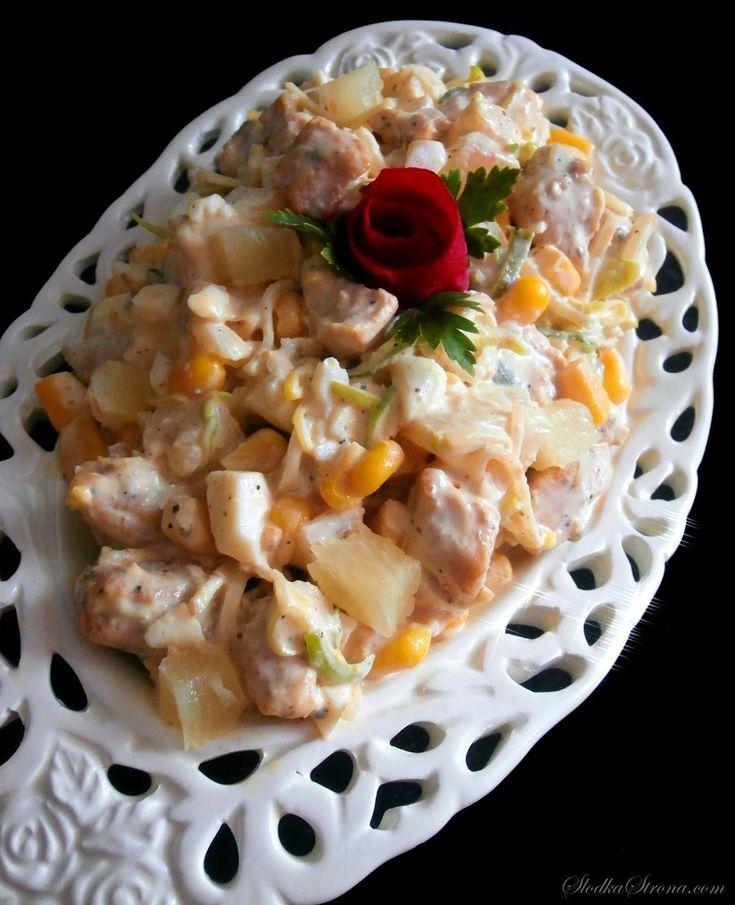 Słodka Strona: Sałatka z Kurczakiem i Ananasem