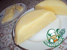Сливочный сыр ===  Творог1 кг -- Молоко1 л -- Яйцо 3 шт -- Масло сливочное 100 г -- Сода 1 ч. л. -- Соль по вкусу