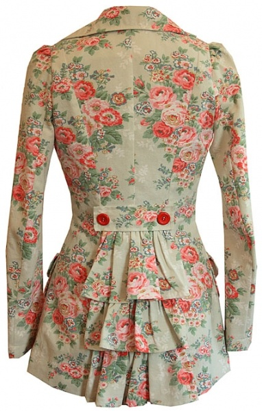 Great nipped in waist and flower print.