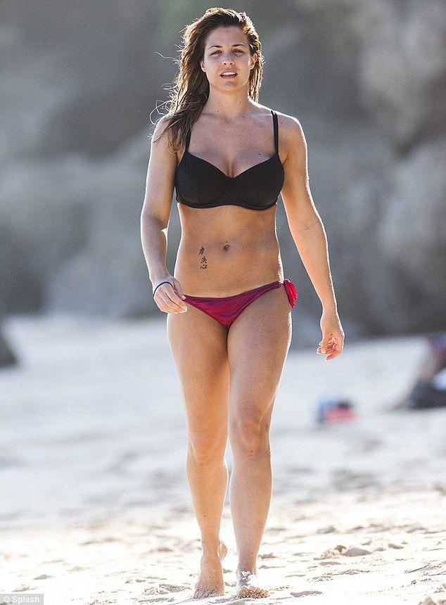 Consider, olly girls bikini pics agree