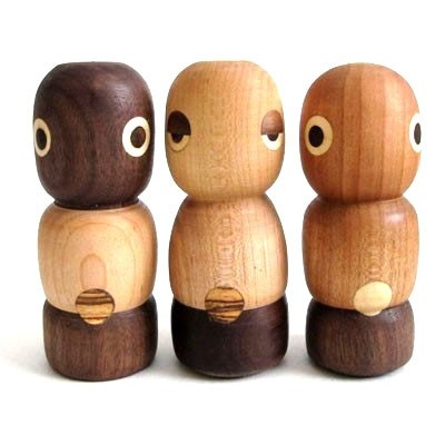 WOODEN ROBOTS I MUST HAVE THIS