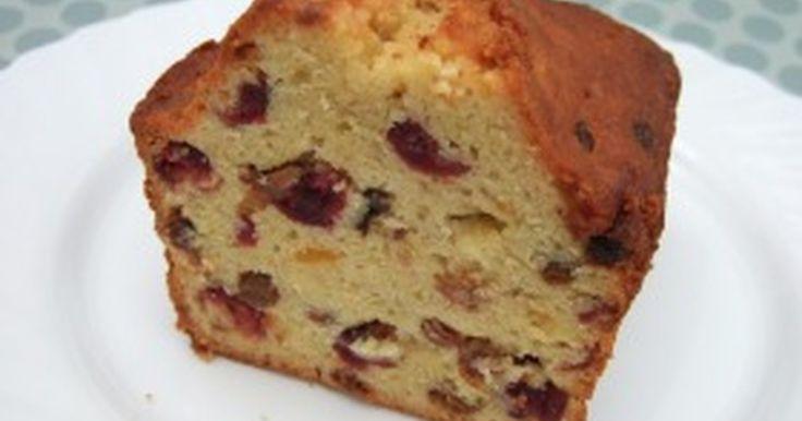 祝・話題入り♪手土産に持っていくと必ずレシピを聞かれる自慢のフルーツケーキ♪毎年11月に何本も焼いて寝かせています。