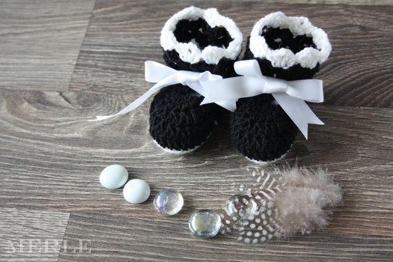 Black and White baby booties socks Handmade Crochet FREE INTERNATIONAL SHIPPING