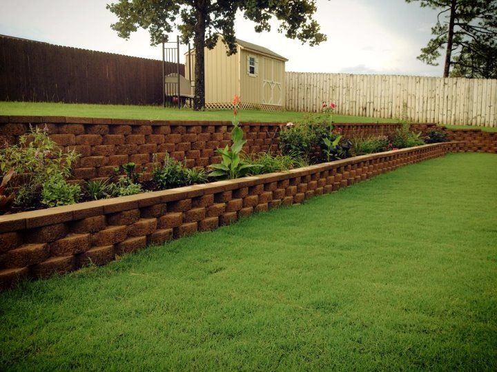 Backyard Retaining Wall And Flower Bed, All DIY