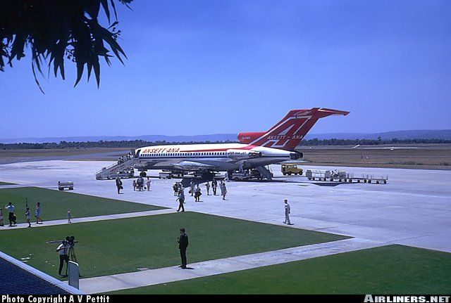 Ansetta - ANA Boeing 727-77 aircraft at Perth Airport in 1969... what a wonderful way to climb aboard!!!