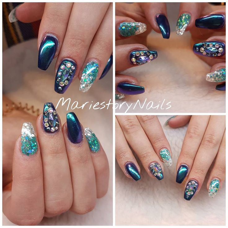 25 mentions J'aime, 1 commentaires – MariestoryNails (@mariestorynails) sur Instagram : «#glitternails #blingblingnails #chromenails #nailart #nails #nailartoftheday #nailartlove #nailtech…»