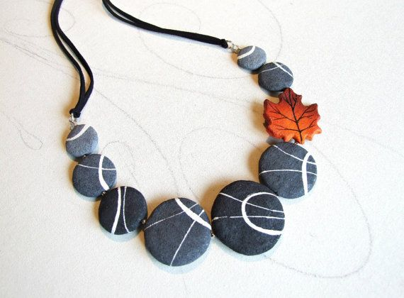 Eco friendly jewelry Autumnal necklace inspired by nature  by Sognoametista