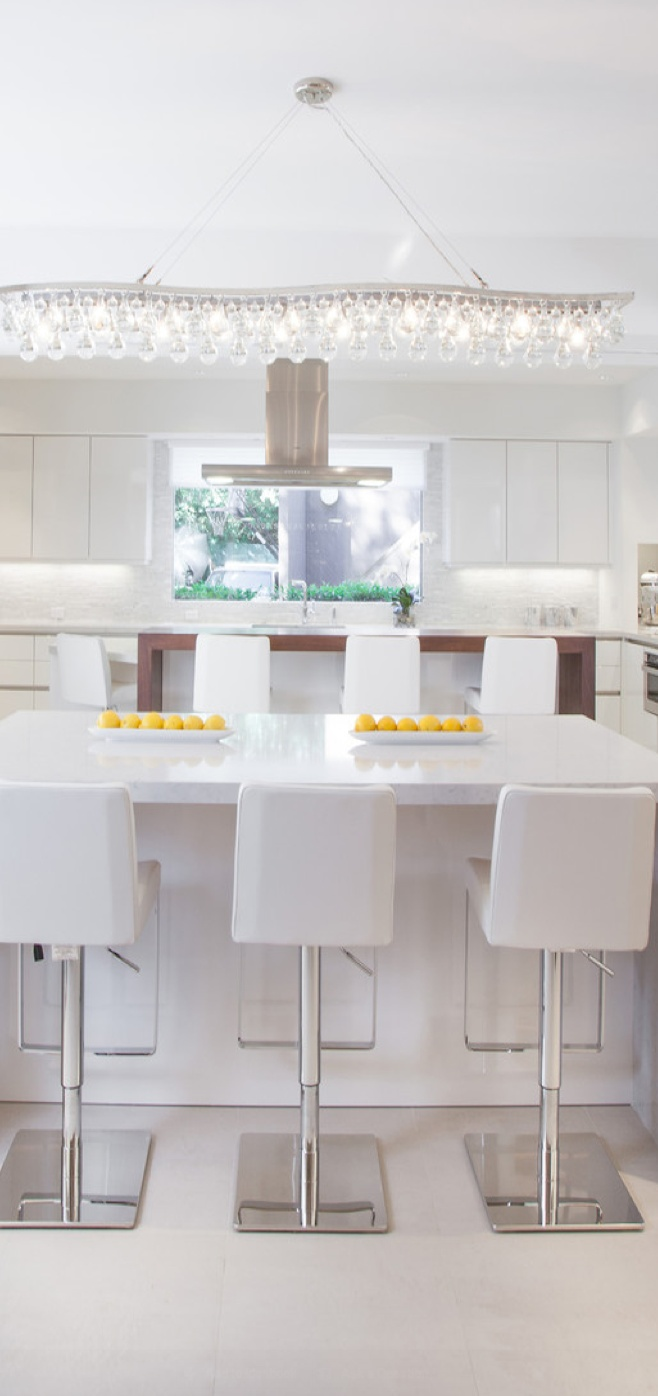 An efficient SieMatic kitchen in Oakmere Homes in the UK features ...