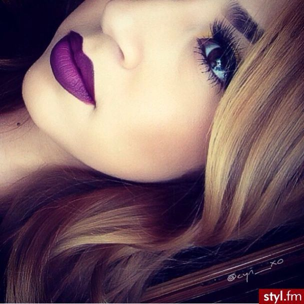Love this lip color, Looks like MACS Heroine...which i want/need!!!!