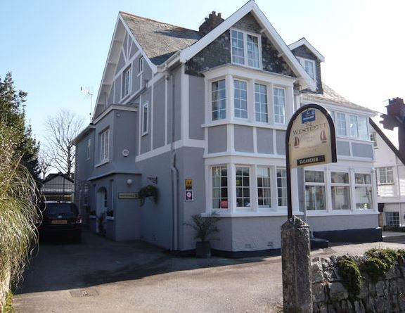 The Westcott, Falmouth, Cornwall, England, Bed & Breakfast, #AroundAboutBritain. Holiday, Travel, TravelUK, Family, HolidayAccommodation,Beach, Seafood, Oysters.