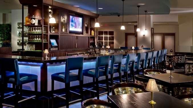 Doubletree By Hilton Hotel Chicago O'hare Airport - Rosemont, Il - Bc Lounge | IL 60018