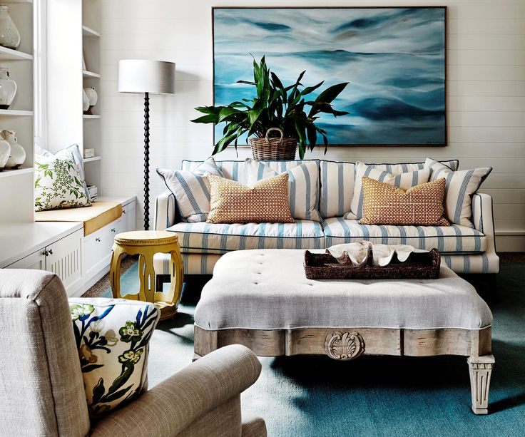 Blue and green is often seen, adding freshness to this Hamptons-style home.
