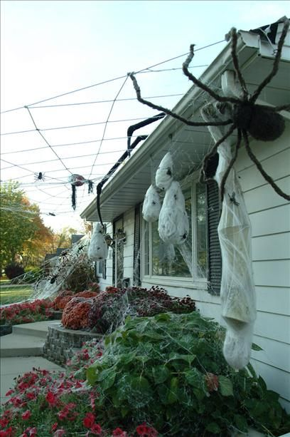 Halloween Giant 14ft Roof Spider House Decoration