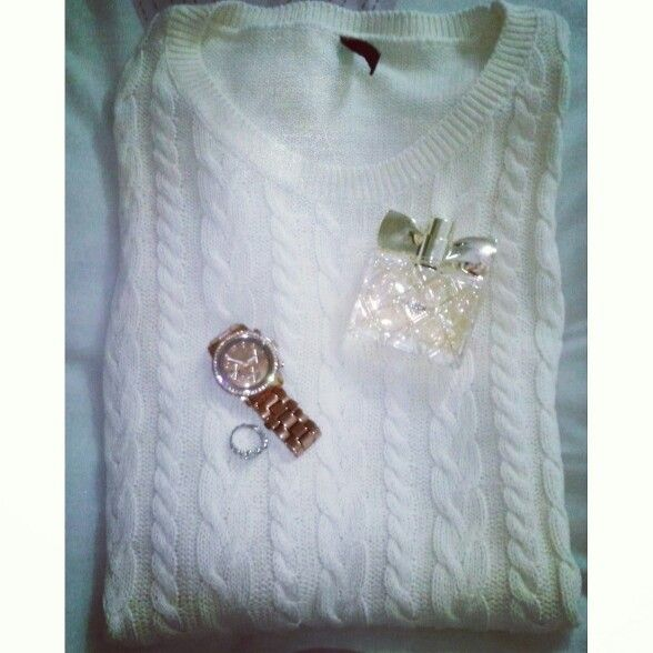 Sweater, clock, ring and Luck parfume♥